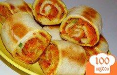 Фото рецепта: «Слоеные булочки с луком и морковью»
