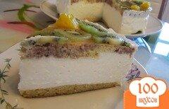 Фото рецепта: «Торт с творожно-сливочным кремом и фруктами»