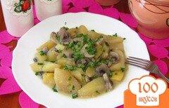 Фото рецепта: «Картофель с грибами в горшочке»