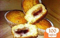 Фото рецепта: «Кексы с клубничным джемом.»