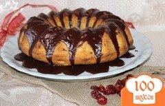 Фото рецепта: «Творожный кекс с вяленой вишней и шоколадом»