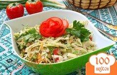 Фото рецепта: «Салат с капустой, морковью, огурцом и помидорами»