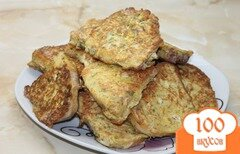 Фото рецепта: «Быстрые сырные гренки с вареной колбасой на завтрак»