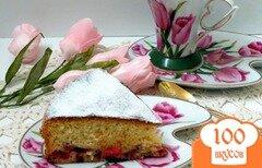 Фото рецепта: «Бисквитный пирог с ревенем»