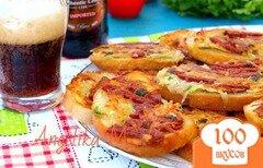 Фото рецепта: «Гренки с колбасой и картофелем»