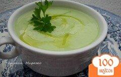 Фото рецепта: «Суп-пюре из цветной капусты с зеленым горошком и Моцареллой»