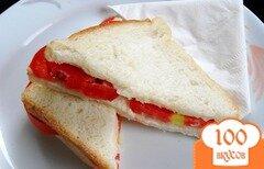 Фото рецепта: «Бутерброд с помидорами»