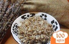Фото рецепта: «Каша гречневая в горшочке с салом»