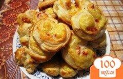 Фото рецепта: «Слоеные сердечки с сыром»
