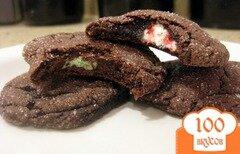 Фото рецепта: «Шоколадно-мятное печенье с сюрпризом»