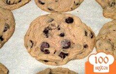 Фото рецепта: «Печенье с шоколадными чипсами»