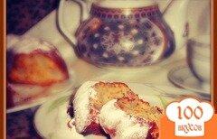 Фото рецепта: «Медовый кекс с грушами и грецкими орехами»
