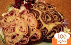 Фото рецепта: «Пирог йогуртовый с ореховой и ягодной начинками.»