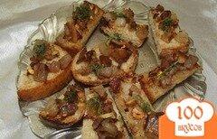 """Фото рецепта: «Чесночные гренки со свиными и бараньими шкварками """"К пиву""""»"""