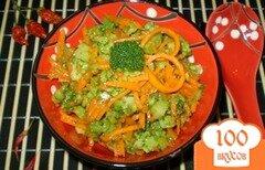 Фото рецепта: «Салат из брокколи и моркови по-корейски»