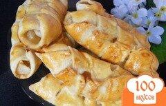 Фото рецепта: «Пирожки с яблоками из слоеного теста в хлебопечке»