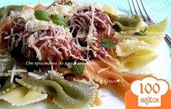 Фото рецепта: «Фарфалле с фрикадельками в томатно-базиликовом соусе»