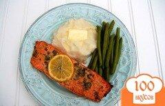 Фото рецепта: «Запеченный лосось с чесноком и горчицей»