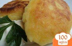 Фото рецепта: «Картофельные котлеты с сыром»