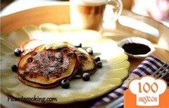 Фото рецепта: «Оладьи с черноплодной рябиной»