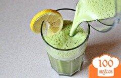 Фото рецепта: «Смузи со шпинатом, имбирем и ананасовым соком»