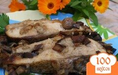 Фото рецепта: «Толстолобик запечённый с баклажанами и шампиньонами»