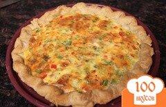Фото рецепта: «Киш с сыром, ветчиной и перцем»