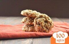 Фото рецепта: «Овсяное печенье с орехами и изюмом»