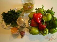 «Жареный болгарский перец с чесноком и зеленью» - приготовления блюда - шаг 1