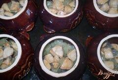 «Картофель с грибами и курицей в горшочке» - приготовления блюда - шаг 2