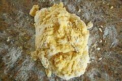 «Равиоли с сыром в чесночном соусе» - приготовления блюда - шаг 5