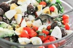 «Салат с фрикадельками» - приготовления блюда - шаг 6