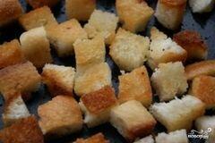 """«Салат """"Цезарь"""" с сухариками» - приготовления блюда - шаг 2"""