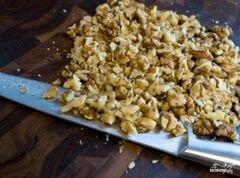 «Греческий салат с орехами» - приготовления блюда - шаг 1