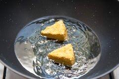 «Жареный сыр камамбер» - приготовления блюда - шаг 5