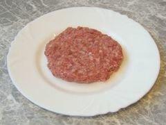 «Котлеты с сырной начинкой.» - приготовления блюда - шаг 4