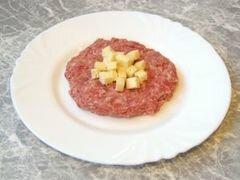 «Котлеты с сырной начинкой.» - приготовления блюда - шаг 5