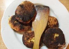 «Сырники тушеные в сметанном соусе» - приготовления блюда - шаг 3