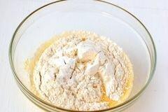«Ванильный манник с изюмом» - приготовления блюда - шаг 3