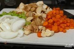 «Овощной суп с курицей» - приготовления блюда - шаг 1