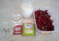«Клубничное варенье» - приготовления блюда - шаг 1