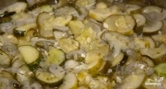 «Салат из огурцов на зиму» - приготовления блюда - шаг 9
