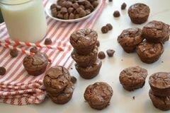 «Шоколадно-арахисовые кексы» - приготовления блюда - шаг 5