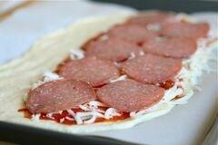 «Стромболи (пицца-рулет)» - приготовления блюда - шаг 4