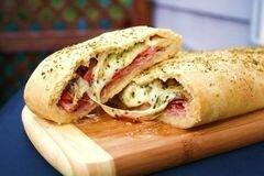 «Стромболи (пицца-рулет)» - приготовления блюда - шаг 7