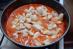 «Курочка с ананасом в томатном соусе» - приготовления блюда - шаг 4