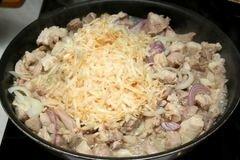 «Курица в горшочках с овощами» - приготовления блюда - шаг 4