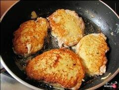«Куриное филе в сырном кляре» - приготовления блюда - шаг 5