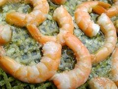 «Креветки, обжаренные в оливковом масле с чесноком» - приготовления блюда - шаг 3