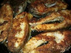 «Жареный карп в панировке.» - приготовления блюда - шаг 6